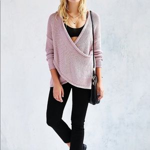 ✨URBAN OUTFITTERS✨ surplice sweater